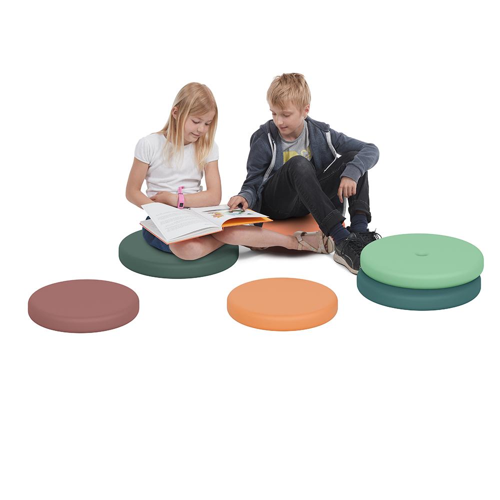 Aestm Lot de 2 coussins daccoudoirs ergonomiques en mousse /à m/émoire de forme antid/érapantes pour fauteuil de bureau et de jeu avec accoudoirs pour coudes en relief Noir